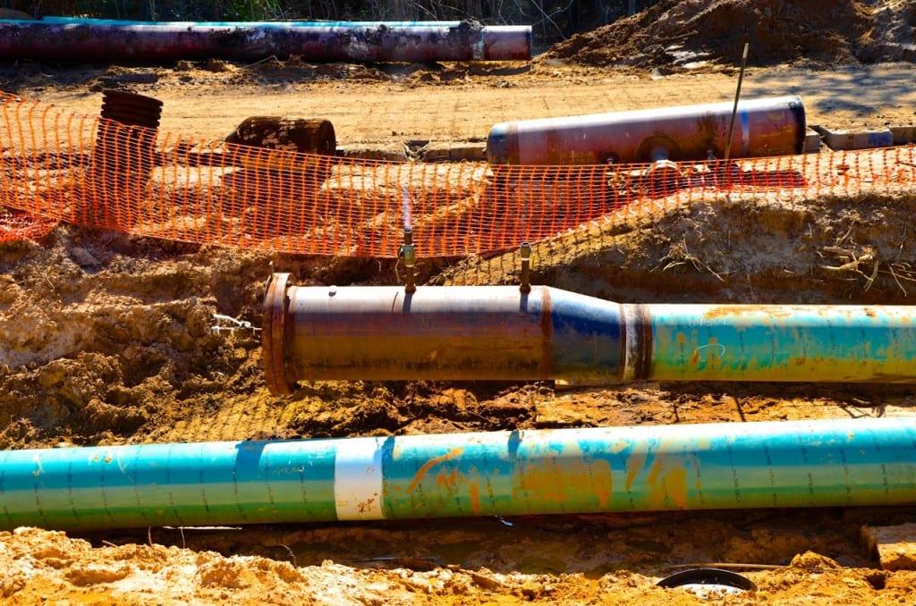 BigCreekLake_oilpipeline3214h