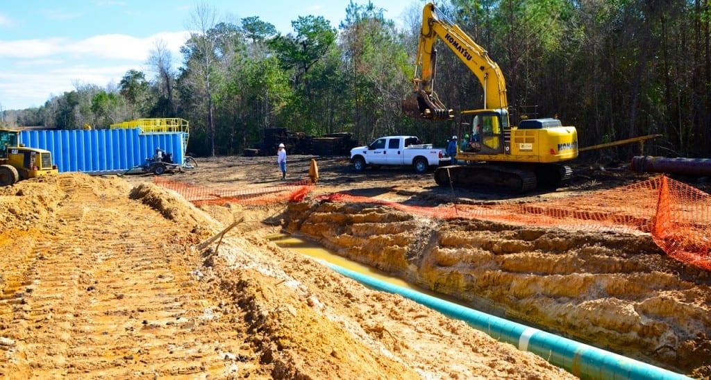 BigCreekLake_oilpipeline3214i