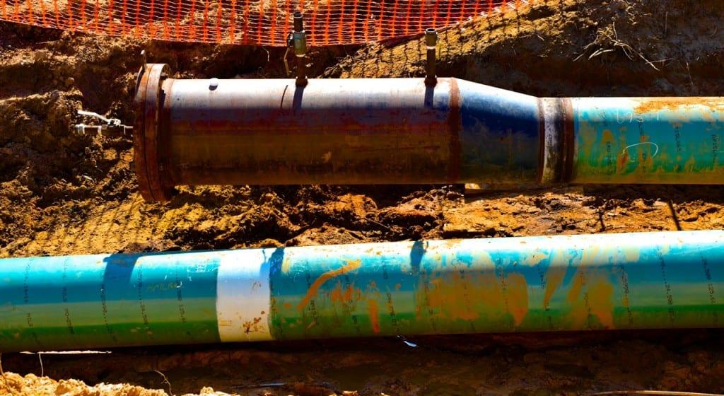 BigCreekLake_oilpipeline3214k