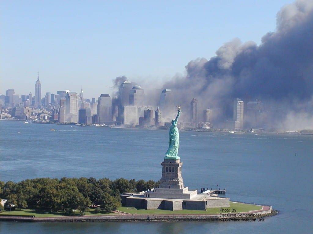 9-11 StatueofLiberty foto