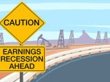 160106125912-caution-earnings-recession-ahead-780x439